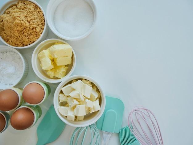 Accesorios e ingredientes de panadería.