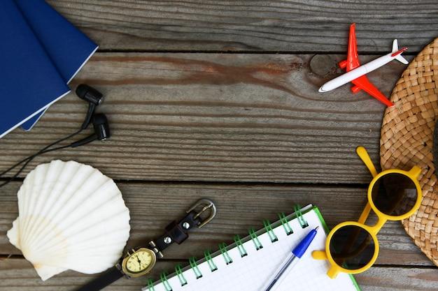 Accesorios de viaje, vacaciones, concepto de fondo de viaje