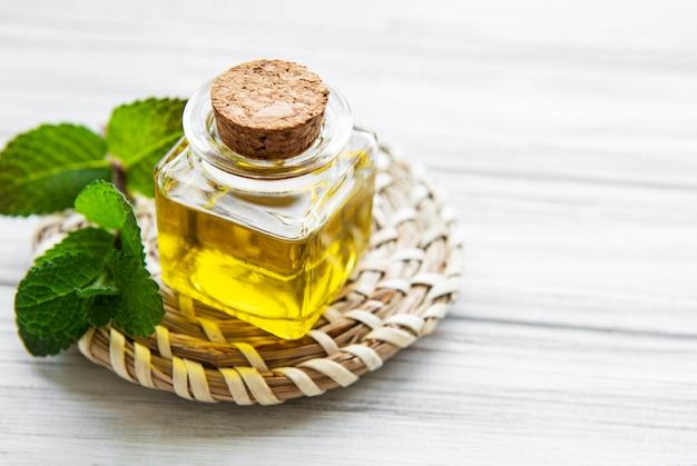 Aceite aromático esencial con menta