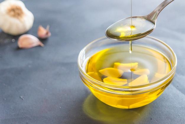 Aceite de oliva y ajo