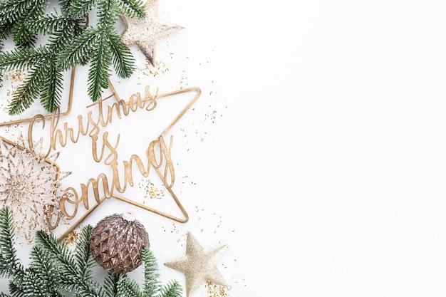 Se acerca la navidad diseño de cartel o postal