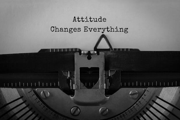 La actitud del texto cambia todo lo que se escribe en una máquina de escribir retro