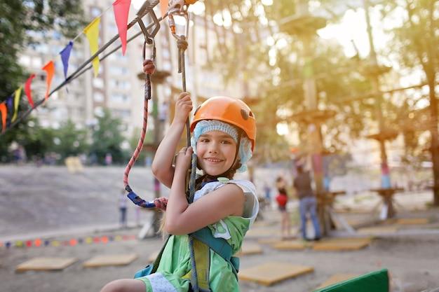 Actividad extrema en el parque, verano
