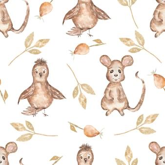 Acuarela de patrones sin fisuras con pájaro y hojas, ratón y perro rosa. fondo de animales de bosque dibujado a mano. patrón de otoño