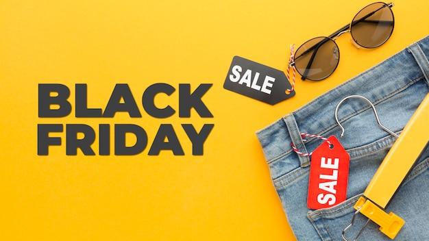 Acuerdo de venta de viernes negro con etiquetas.