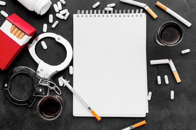 Adicciones a los malos hábitos con el cuaderno