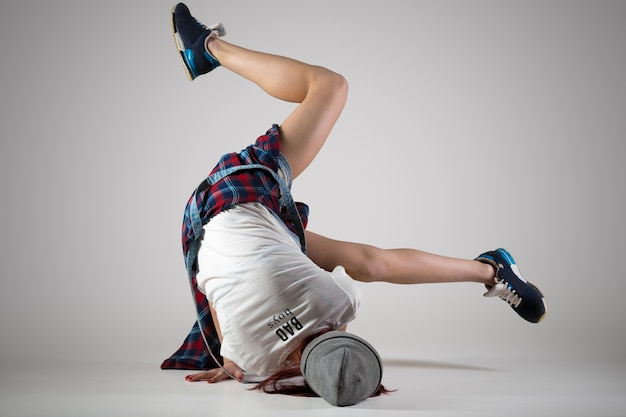 Adolescente, breakdance, niña, bailando