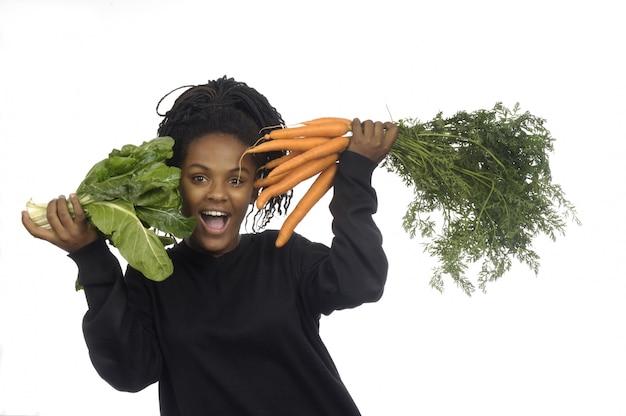 Adolescente, con, vegetales