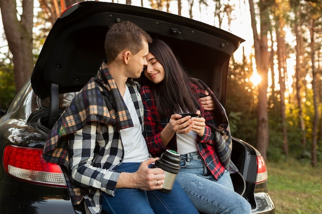 Adorable, pareja joven, enamorado