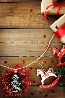 Adornos navideños con caballos de juguete