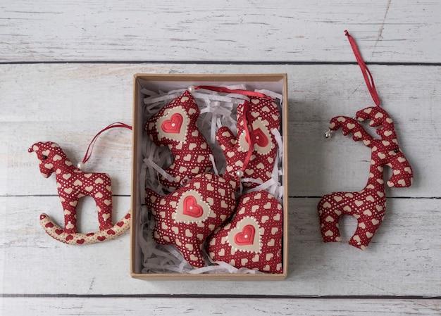Adornos navideños hechos a mano peluches