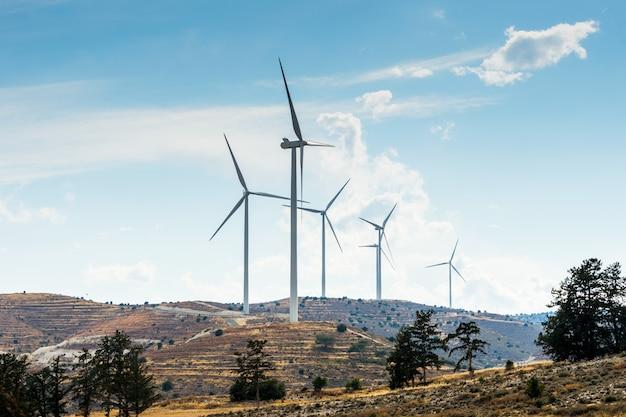 Aerogeneradores para generar electricidad.
