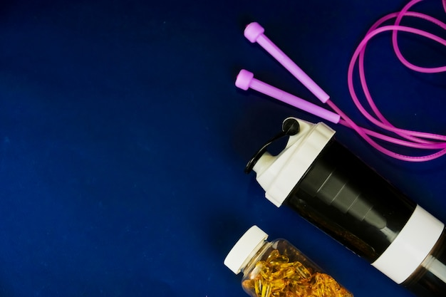 Agitador de plástico y frasco omega-3
