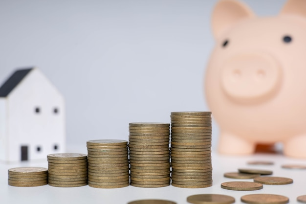 Ahorre dinero para inversiones futuras y para uso de emergencia