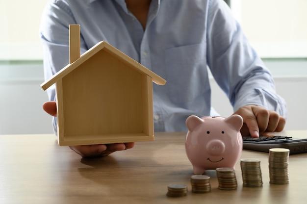 Ahorre dinero para el libro de cuentas de ahorro para el hogar o estado financiero préstamo hipotecario / hipoteca inversa