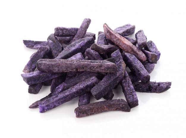 Aislante púrpura del bocado de las patatas en el fondo blanco