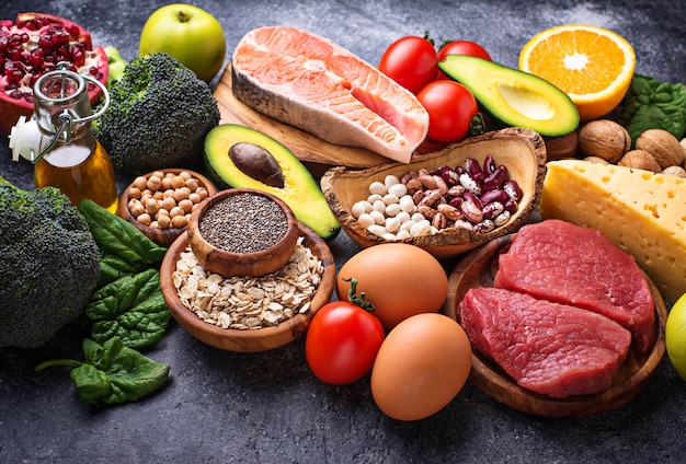 Alimentos orgánicos para una nutrición saludable y superalimentos.