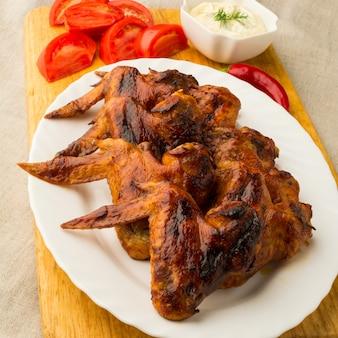Alitas de pollo asadas crujientes