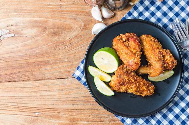 Alitas de pollo frito