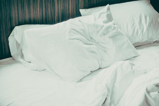 Almohada blanca