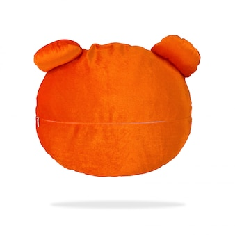 Almohada linda del oso para el diseño en fondo aislado con el camino de recortes.