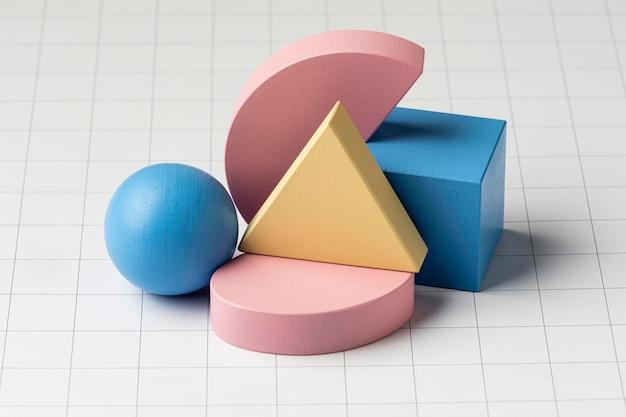 Alto ángulo de formas geométricas