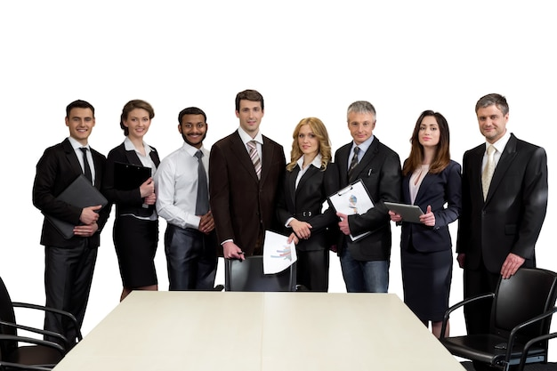 Los altos directivos están sobre un fondo blanco líderes de equipo