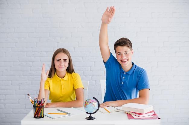 Los alumnos quieren responder