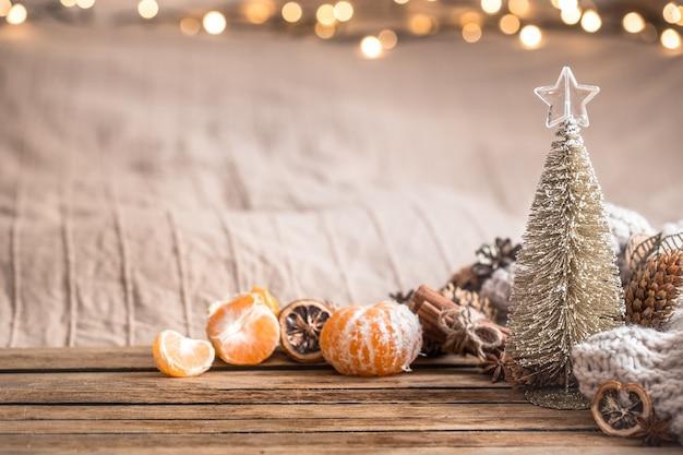 Ambiente festivo navideño acogedor con decoración para el hogar