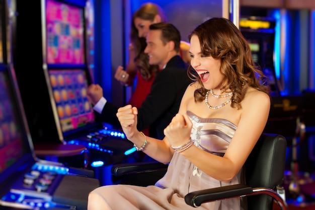 Amigos en casino