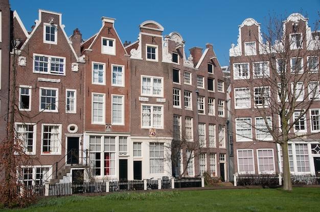 Amsterdam traditional house, viejos almacenes. países bajos