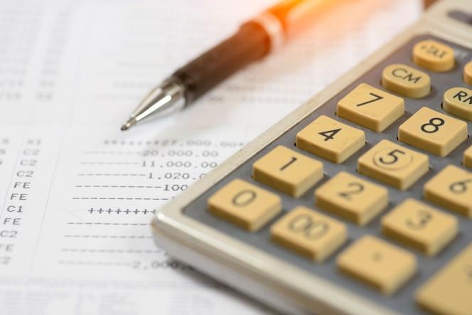 Análisis de gráficos de la bolsa de contabilidad financiera
