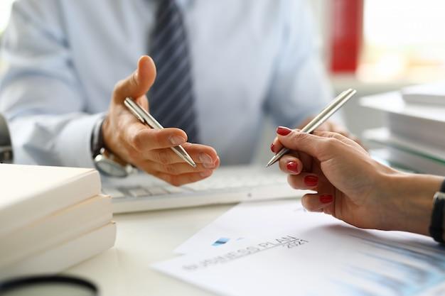 Análisis y previsión del plan de negocios.