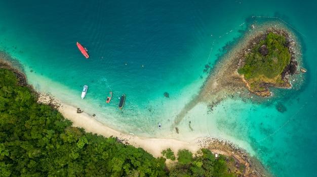 Antena de la playa de san chao en koh rang en el parque nacional koh chang