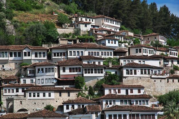 La antigua ciudad de berat en albania