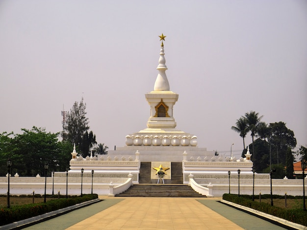 La antigua estupa en vientiane, laos