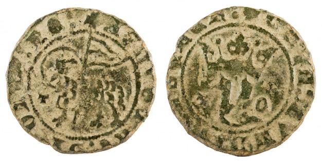 Antigua moneda de vellón medieval del rey juan i.