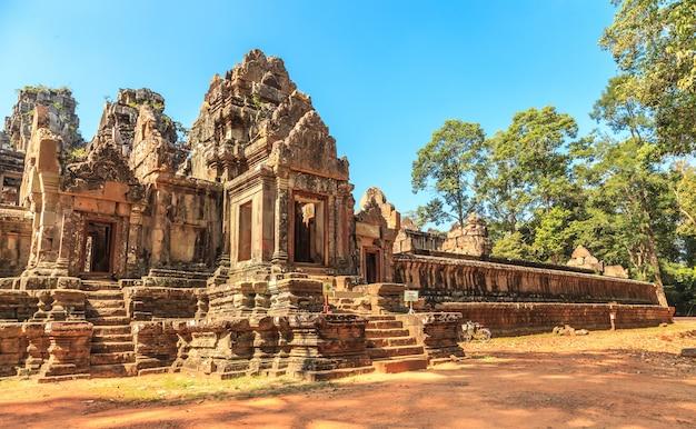 Antiguo castillo en camboya, angkor thom