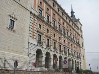 Antiguo palacio real en toledo