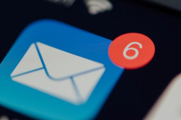 Aplicación de correo electrónico teléfono móvil