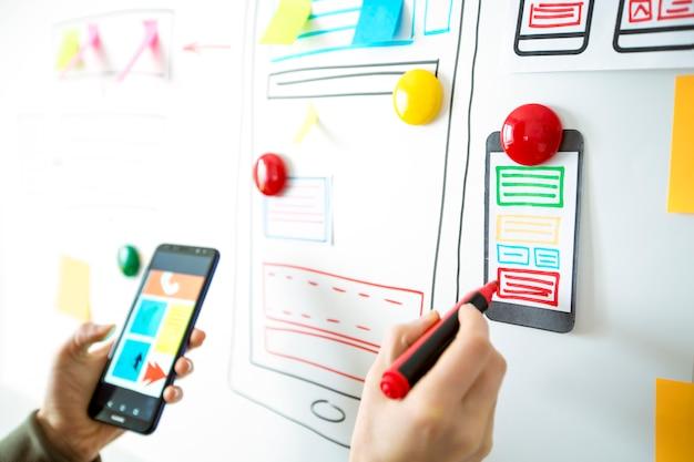 Aplicación de diseño para teléfono móvil.