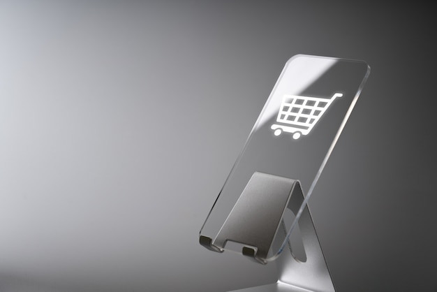 Aplicación de icono comercial de compras en línea en teléfonos inteligentes