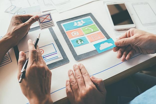 Aplicación de planificación de creative web designer y diseño de plantillas de desarrollo
