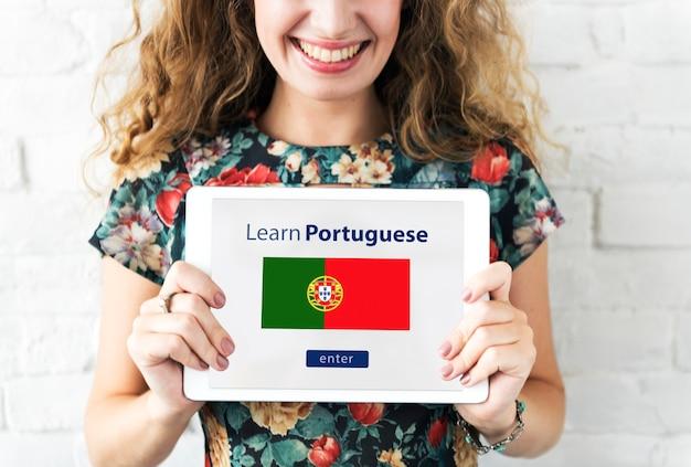 Aprender el concepto de educación en línea de idioma portugués