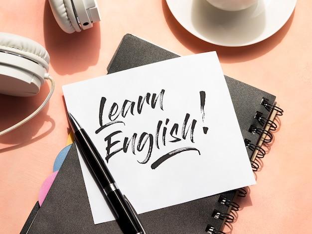 Aprender mensaje en inglés en nota adhesiva