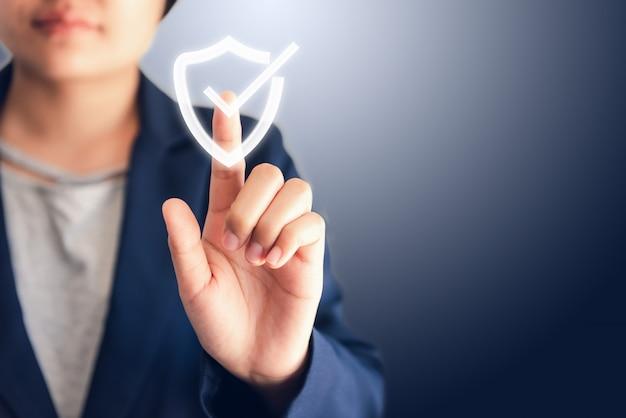 Aprobación de garantía certificada o concepto de sistema de acceso seguro.