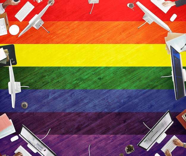 Arco iris símbolo amor libre homosexual concpet