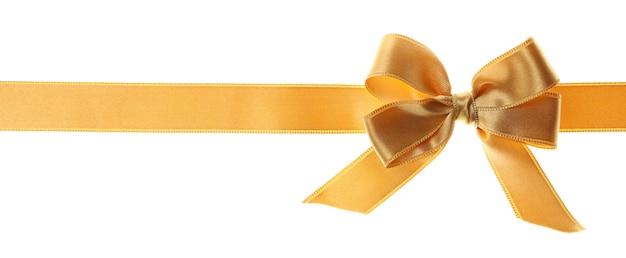 Arco de regalo de oro aislado sobre fondo blanco.