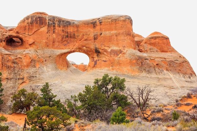 Arco del túnel en el parque nacional de los arcos. moab, utah,