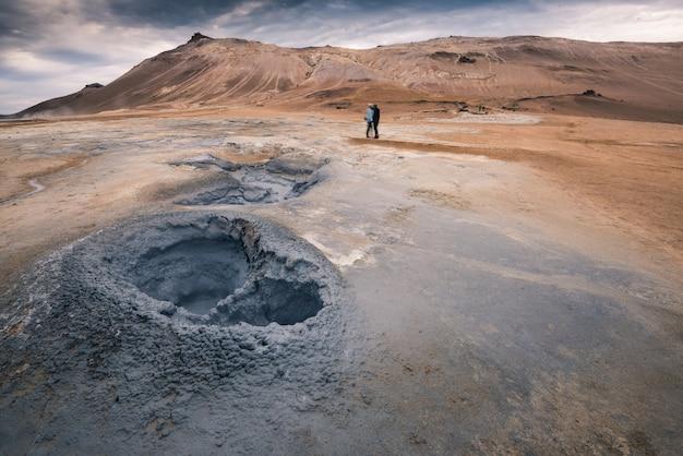 Área geotérmica hverir en myvatn islandia
